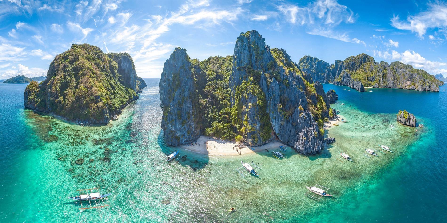 pohled z výšky na filipínský ostrov