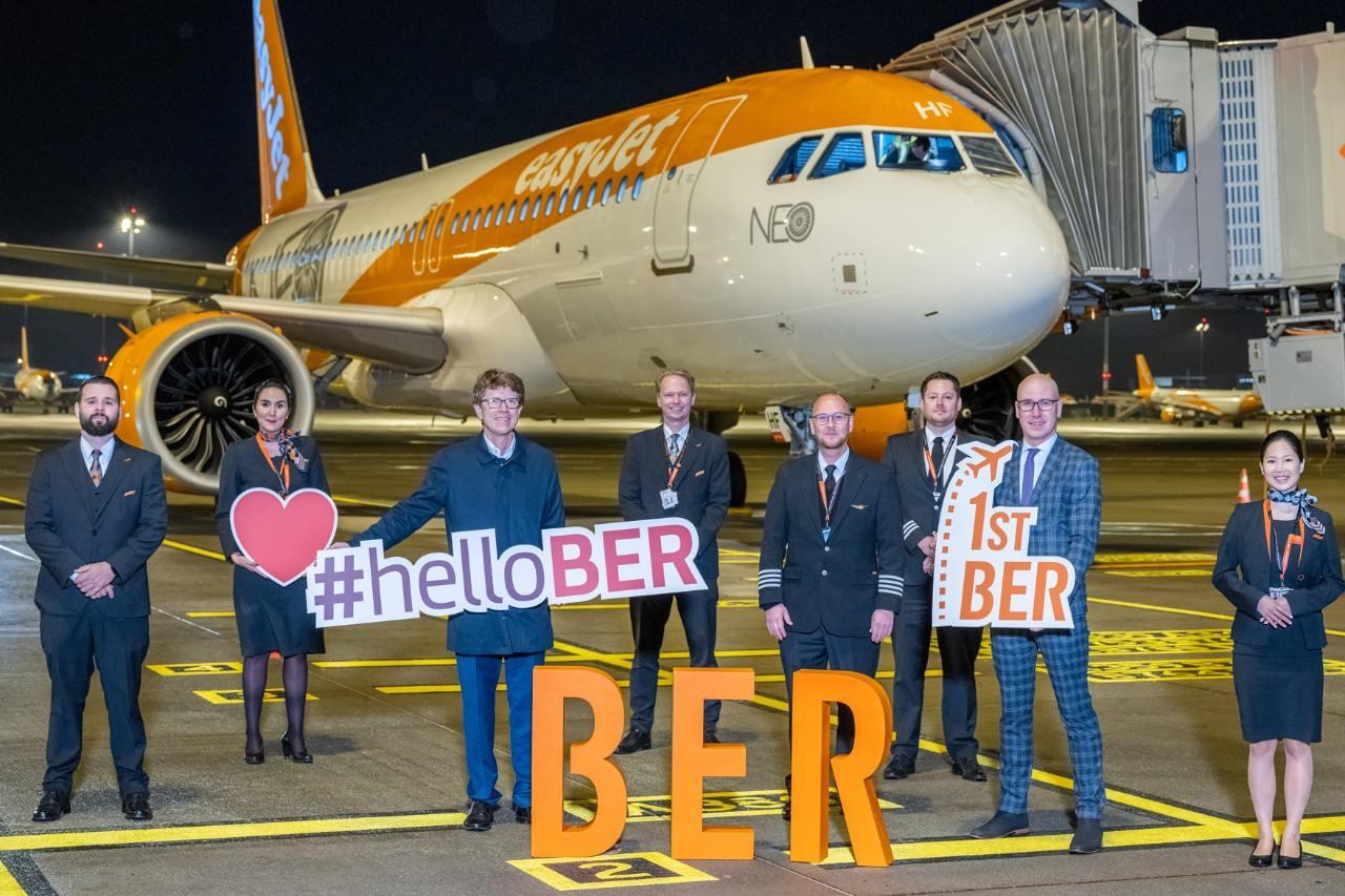 první let z nového berlínského letiště