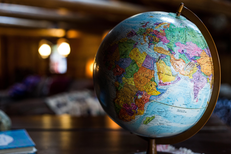 letenky do celého světa - globus