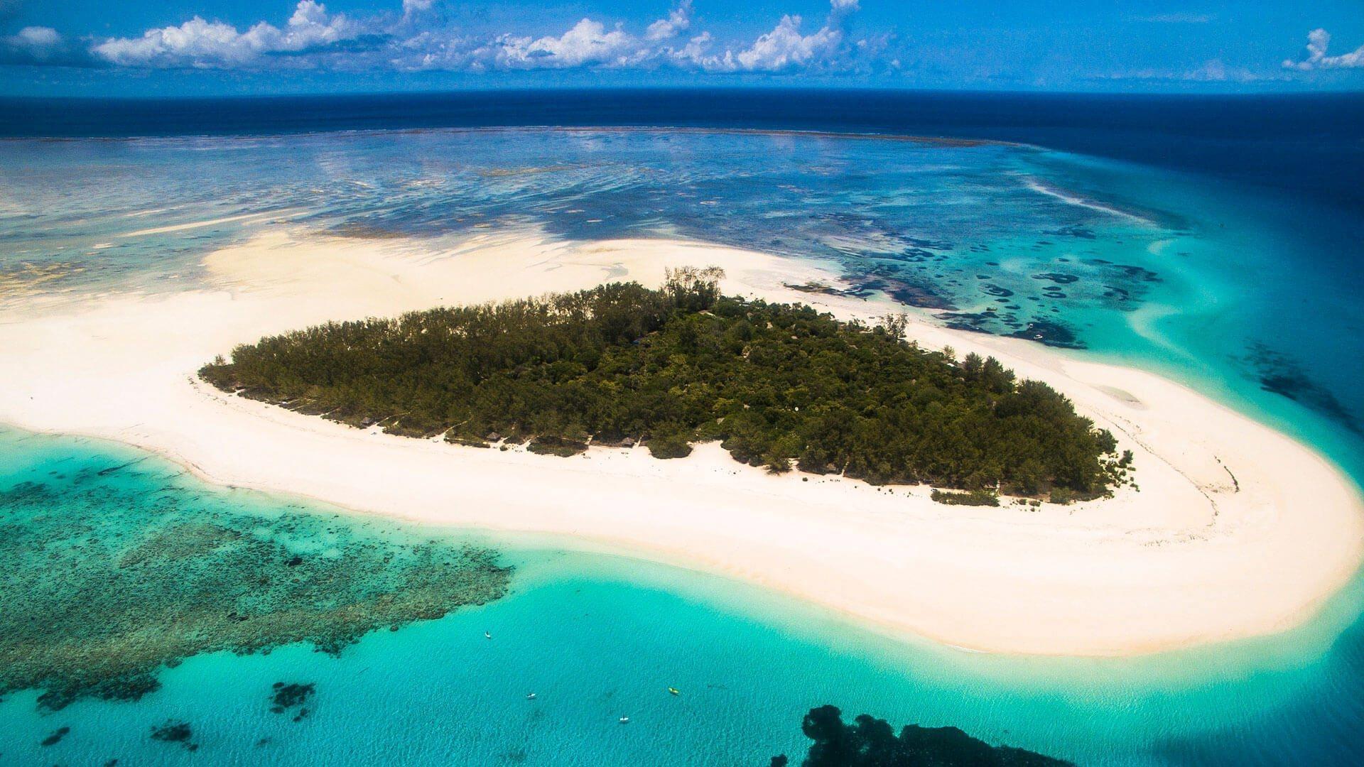 ostrov poblíž Zanzibaru