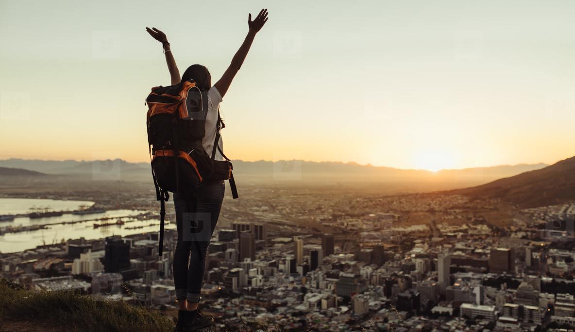 cestování svoboda levné letenky cestovatel