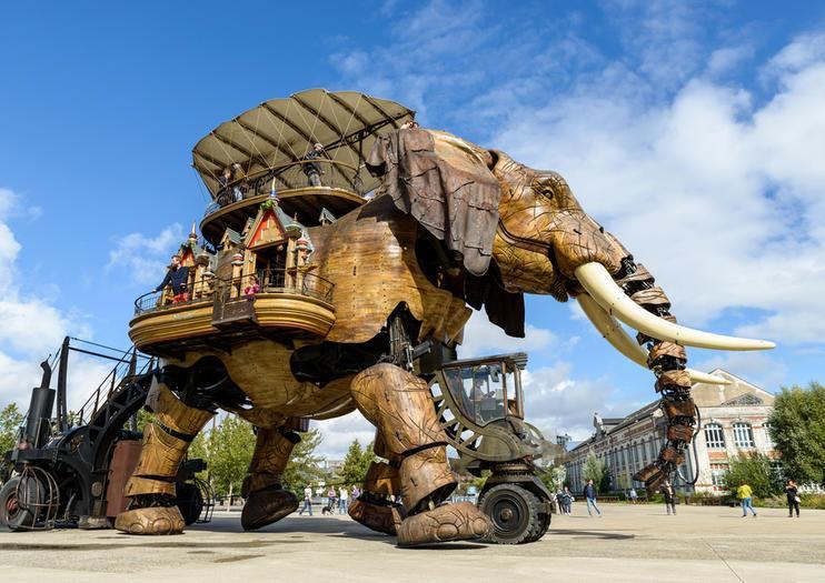 mechanický slon v Nantes