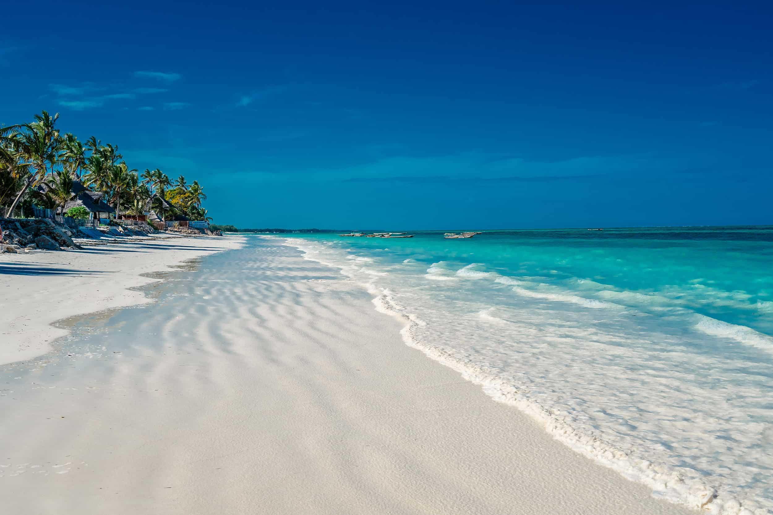 kouzelná pláž na Zanzibaru